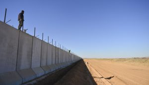 Turkey to complete Syria border wall