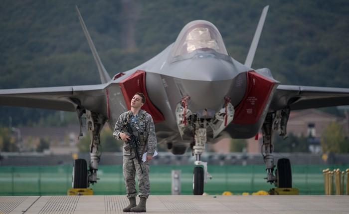 IMG F-35